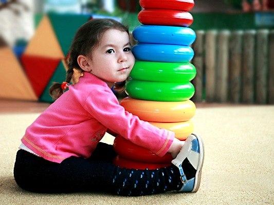 Почему не надо использовать методики раннего развития ребенка?