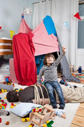 Воспитание: Как приучить ребенка к порядку.