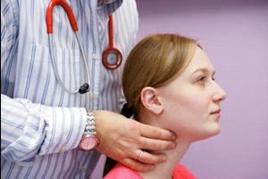 Одна из серьезных причин рака щитовидной железы - нехватка йода в организме.